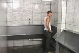 Www.video hentai estrupada no elevador.com.br