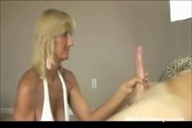 Video na youtube de pornor no ponto de onibus cenário 1