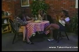 Mulheres da moncabique transando