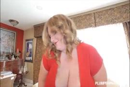 Porno tira sua sainha tube cenário 1
