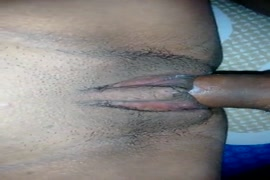 Mulher com buseta corda cenário 1